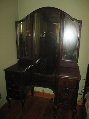Antique Vanity Dressing Table 6 drawer drop well with Tri-fold mirror & wheels