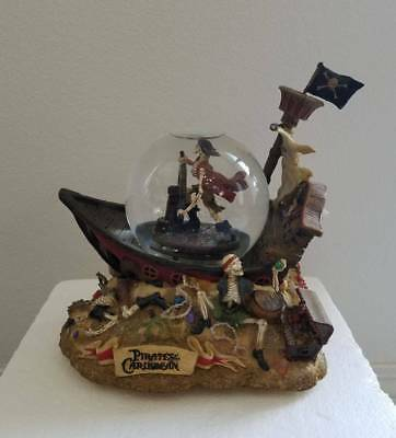 Disney Pirates of the Caribbean Musical Blower Snowglobe Water Snow Globe New !