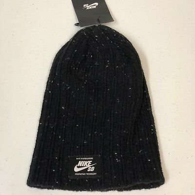 outlet store c8327 f1f60 Nike Unisex SB Surplus Beanie Skull Cap Black White 877116 010 SOLD OUT
