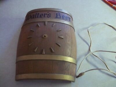 WALTER'S BEER BARREL STYLE CLOCK MADE BY BURWOOD PRODUCTS CO. Wisconsin Wi. Bar