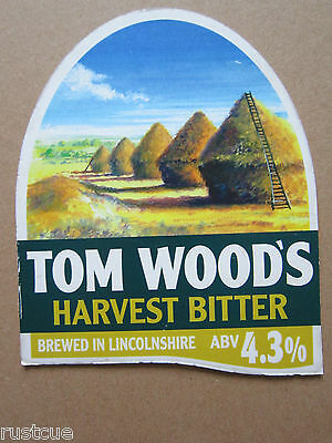 Tom Wood's - Harvest Bitter - Pump Clip Front Badge Beer Real Ale
