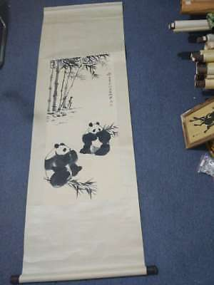 Excellent old Chinese Scroll Painting By Wu Zuoren: panda c18