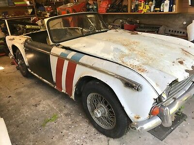 Triumph TR250 restoration project VERY RARE !!!!!!!!!!!!!!!!