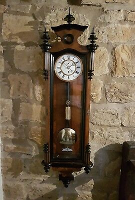 A superb single weight Vienna wall clock in Walnut -  C1800 original timepiece