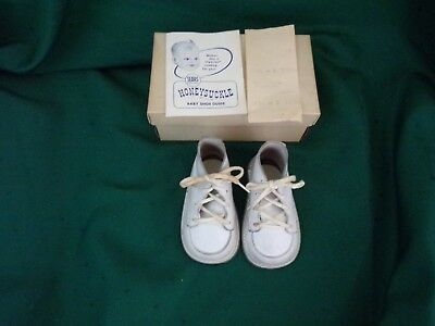 *2 Pair of Vintage White Leather Baby Shoes*1960~W/Boxes~