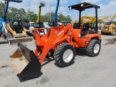 2004 Kubota R520 Articulated Forestry & Landscaping Wheel Front End Tire Loader