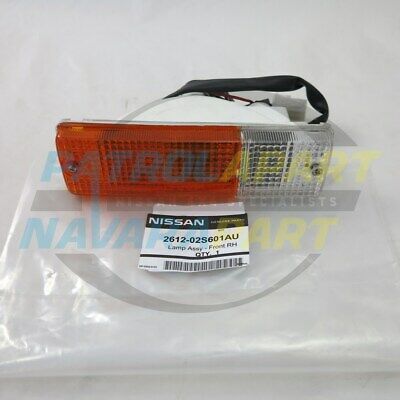 Genuine Nissan Navara D22 D40 Steel BullBar Indicator Light RH (261202S601AU)