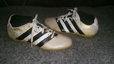 bf60048b187 Boys Adidas 16.3 Football studs 1 2 sock boots size 4 3.5 3 ⚽