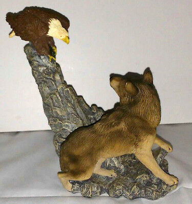1996 Living Stone Wolf Figurine Collection WOLF WITH EAGLE AND FISH