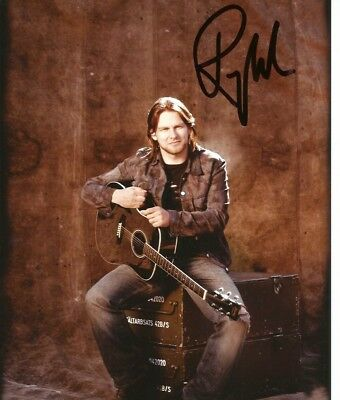 Ray Wilson VOCALIST STILTSKIN GENESIS autograph, In-Person signed photo