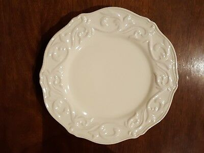 CHRIS MADDEN JCPENNEY Home Corvella Ivory Dinner Plate 10 7/8\