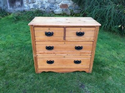 Antique / Vintage Rustic Pine Chest of Drawers