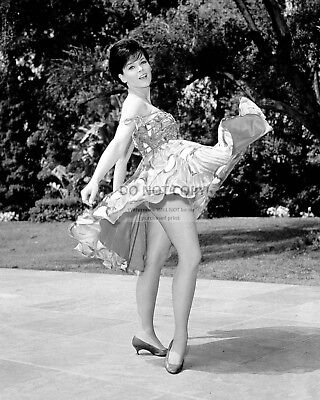 Actress Yvonne Craig Pin Up - 8X10 Publicity Photo (Bt166)