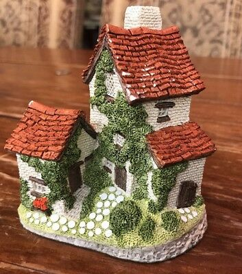 John Hine Ltd 1982 IVY COTTAGE by DAVID WINTER Hand Made Great Britain