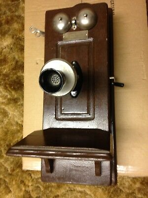 Antique/Vintage Oak Wall Mount Telephone With Hand Crank