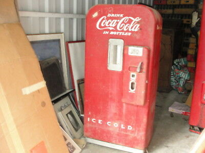 VINTAGE 1950S VENDO Nickel Coca Cola dispenser hard to find asis F39 B5 V-39