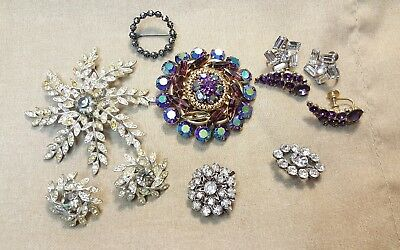 VINTAGE ESTATE JEWELRY Lot of Clear and Purple RHINESTONE BROOCHES FOR REPAIR