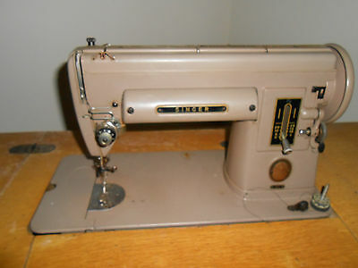 VINTAGE 40 SINGER Sewing Machine Recently Serviced With Case Awesome Singer Sewing Machine Model 301 Value