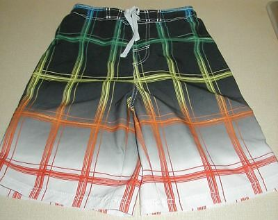 BOYS sz 10 - 12 Board  shorts Swim trunks Pipeline of Hawaii.. Excellent cond...