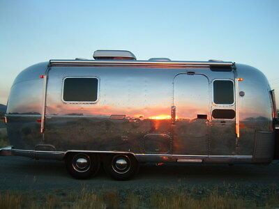Vintage Airstream Trailer - Home Theater - Trade Show Display