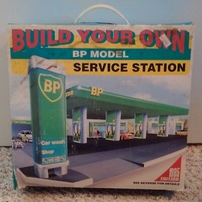Build Your Own BP Gas Model Service Station Kit Snap Together in Box