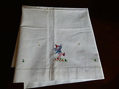 Vintage baby  white crib sheet and pillow case w/ embroidered flowers and Clown