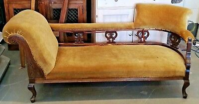 Chaise Longue from the Victorian era