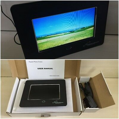 """7"""" Digital Photo Frame - Boxed With Manual"""