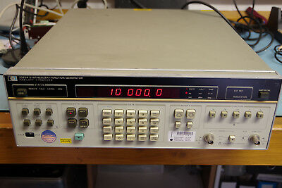 HP 3325A Function Generator Synthesizer 1uHz to 20MHz sine square triangle ramp