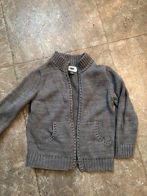 Boys 5t Old Navy gray cardigan sweater. Zips up. Only worn a few times