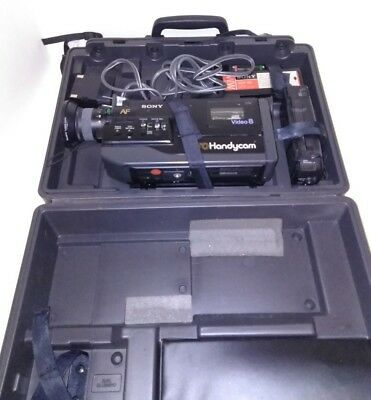SONY 8mm CCD-V5 Handycam video camera with hard case