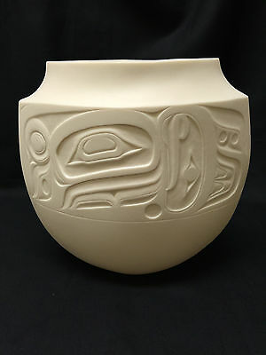 First Nations Metis Artist Terry Jackson Signed Limited Edition Eagle Whale Vase