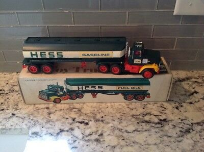Vintage 1977 Hess Toy Truck Fuel Oil Tanker in Original Box Nice Shape Free Ship