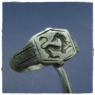 ** LION ** LEGIONARY ancient SILVER  Roman ring !