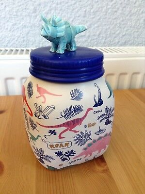Disaster designs dinosaur jar