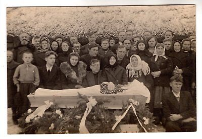 early 1900 OPEN COFFIN , LADY POST MORTEM ORIGINAL ANTIQUE PHOTO
