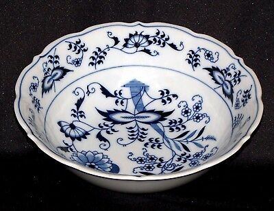 """BLUE DANUBE, BLUE ONION 9"""" ROUND """"SALAD FOR A KING"""", EXC. CONDITION, No. 25/39"""