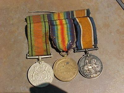 Original Wwi Wwii British Medal Named Trio - R.fus