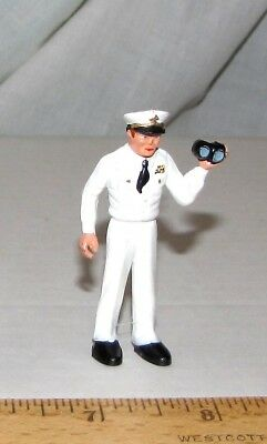 Marx Warriors of the World US Navy officer with binoculars, repaint?