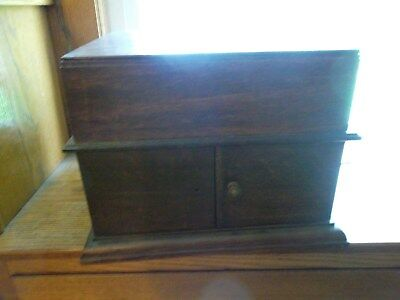 Antique Phonograph~Tabletop Hand Crank Phonograph~WORKS~GRUBU 7 ONLY MARK