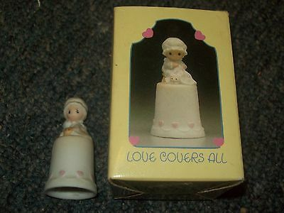 1984 Precious Moments Love Covers All Porcelain Thimble #12254 Girl Sewing Quilt