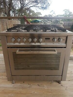 Ariston Stainless Steel Freestanding oven and stove 900mm