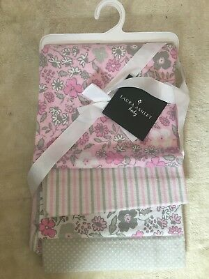 Laura Ashley 4 pack Receiving Blankets (Muslin cloths)