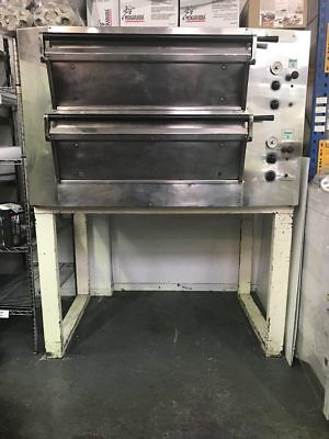Double Deck Oven Tom Chandley Double Deck Oven - Professional Baking Oven