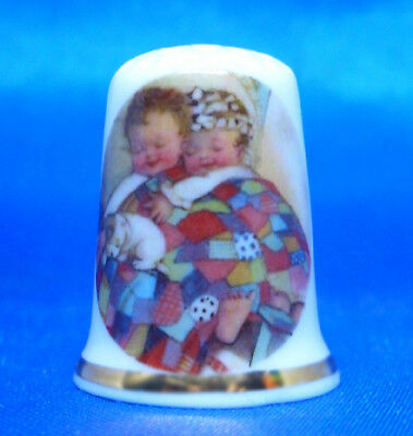 Birchcroft China Thimble -- Quilt Contentment -- Free Dome Gift Box
