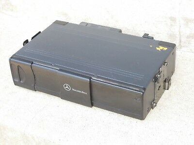Mercedes 6 Disc CD Changer MC-3010 A2038209089
