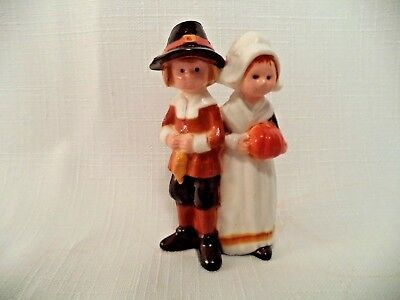 Hallmark Merry Miniatures 1974 Thanksgiving Pilgrims