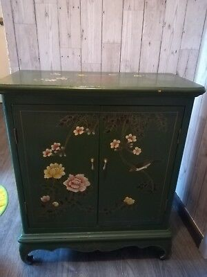 Green floral Chinese style cabinet
