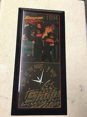 Vintage Pre-Owned 1994 Snap-on Racing Wall Clock