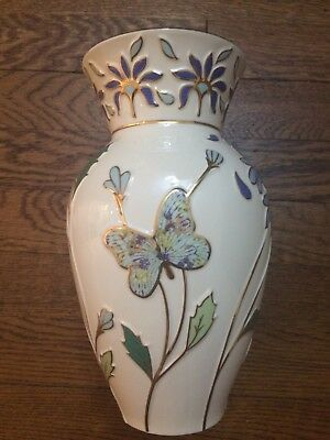 New in Box Rare Lenox Botanical Butterfly Large Vase